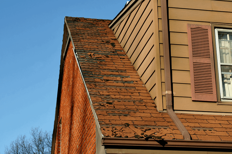 When To Replace Your Roof? (7 Signs To Consider)